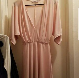 Dress flowy